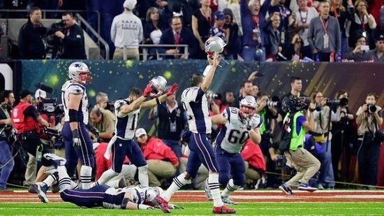 Épico: Los Patriots campeones del Super Bowl LI en tiempo extra - http://www.esnoticiaveracruz.com/epico-los-patriots-campeones-del-super-bowl-li-en-tiempo-extra/