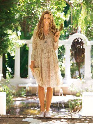burda style, Schnittmuster - Sommerkleidchen im Hemdblusen-Stil mit weitem Rock und ausgefransten Säumen. Nr. 107 aus 04-2011