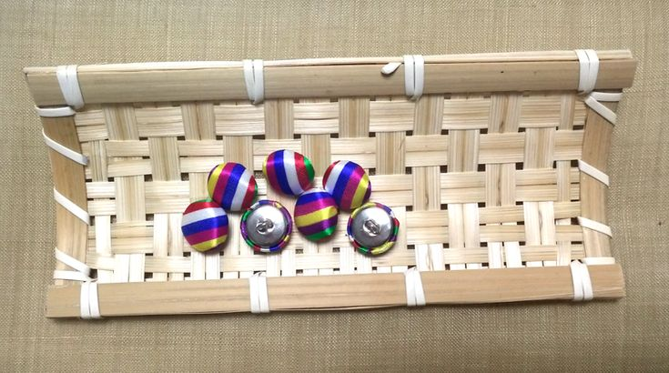 Saekdong Korean Traditional Stripe Pattern Fabric covered buttons #saekdong #Koreantraditional #stripe #fabriccoveredbuttons