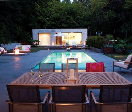 Expansive Modern Yard Photo Kim Christie AA Robins Architects
