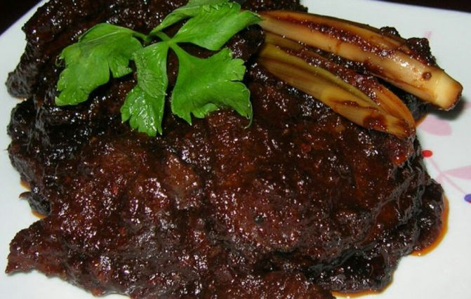 Mengidam Hidangan Ala Ala Kenduri Ini Resepi Daging Hitam Berempah Yang Mudah Sedap Food Meat Steak