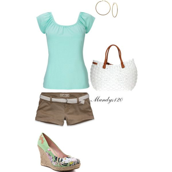Simple real tee and cute wedges