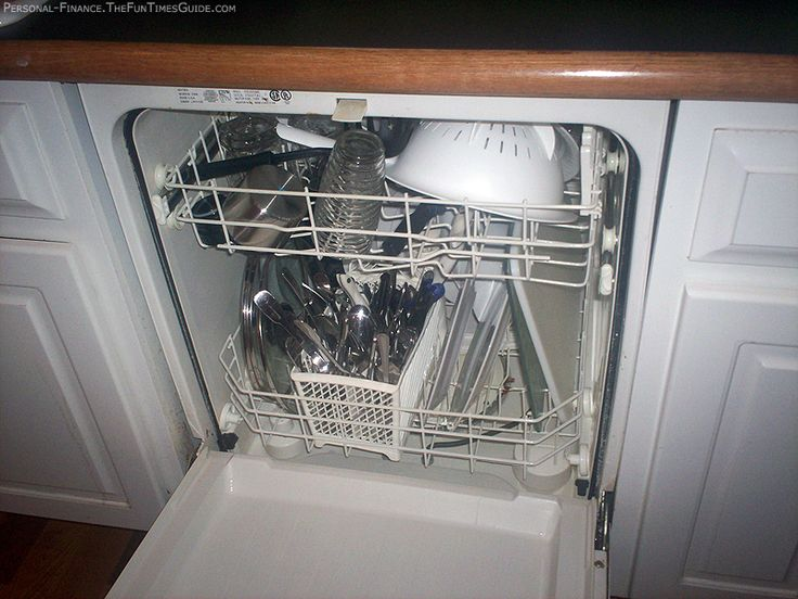 Place a coffee cup filled with vinegar in the dishwashing rack and run a full cycle of dishwashing. This will clean your entire dishwasher. This is one of the easiest techniques and works well as preventive care.: Work Well,  Dishwashers Machine, Clean A Dishwasher, Dishwashers Cleaners, Entir Dishwashers, Coffee Cups,  Dishes Washer, Dishwashers Racks, Cups Fillings