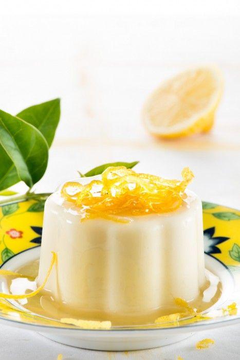 Gelatina de limón, un dulce ligero y refrescante - La Vida Sabe Mejor - La Vida Sabe Mejor