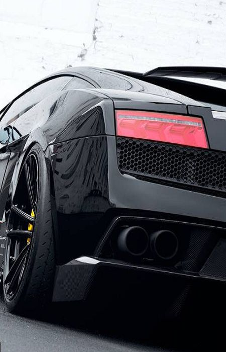 Lamborghini Gallardo ... Loving the stance                                                                                                                                                                                 More