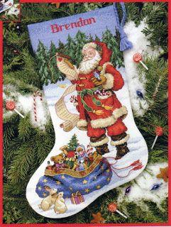 ENCANTOS EM PONTO CRUZ: Meia de Natal em Ponto Cruz de Papai Noel