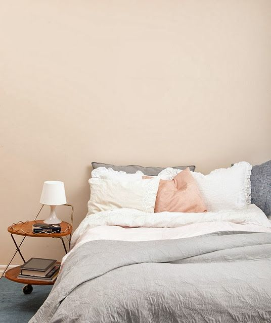 ad.pashmina  pale pink walls for bedroom..