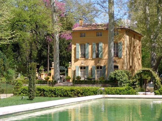 6 bedroom House in Aix-en-Provence, Cote d'Azur French Riviera for sale with 10000m2 of land - Reference 159272