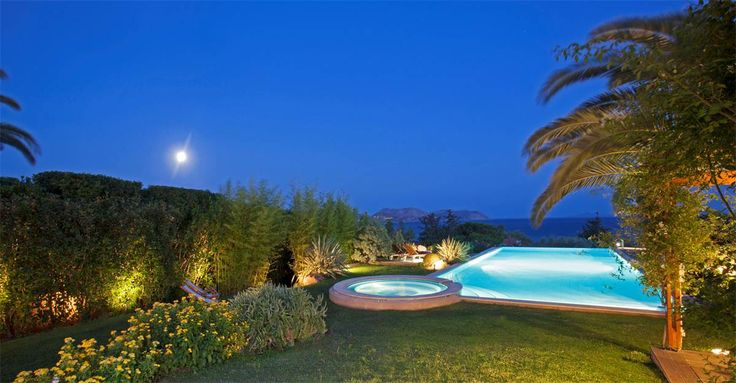 The #Villa offers seclusion, privacy and soft elegance throughout, with private #gardens and private #pool, along with close proximity to local stores and activities #vacationrental