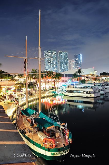 Bayside Marketplace, Downtown (Miami, Florida) ~ One of my favorite places to hang out when I lived in Miami!