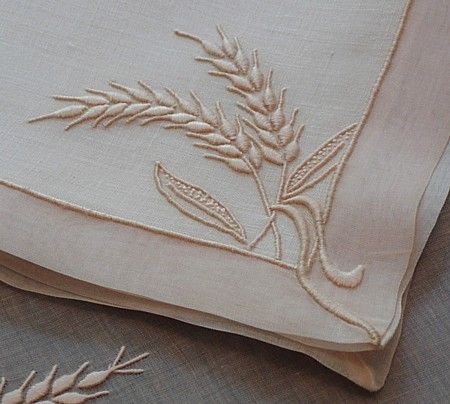 Em's Heart Linens -Embroidered Marghab Vintage Napkins Placemats Wheat