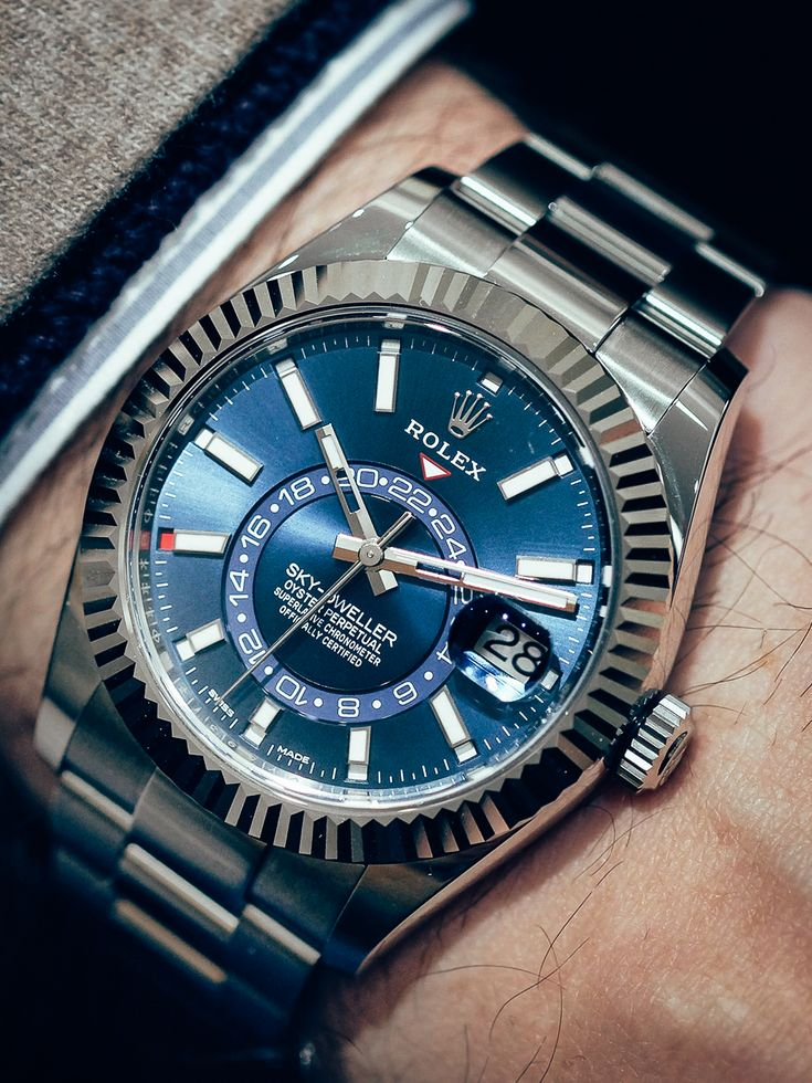 New introduced Rolex Sky-Dweller (2017) Source of original ...