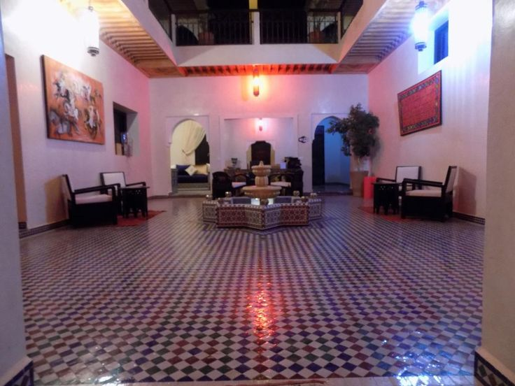 ChillOut Villa 9 Bedrooms (Maroc Marrakech) - Booking VILLAS - location de villa a agadir avec piscine
