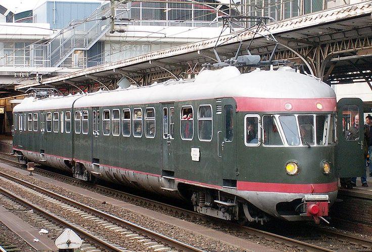 Spoorwegmuseum Treinstel NS 273*  Elektrisch FabrikantWerkspoor, Amsterdam Typ Mat '46, ElD2 serie 221 - 299 Bouw jaar 1952