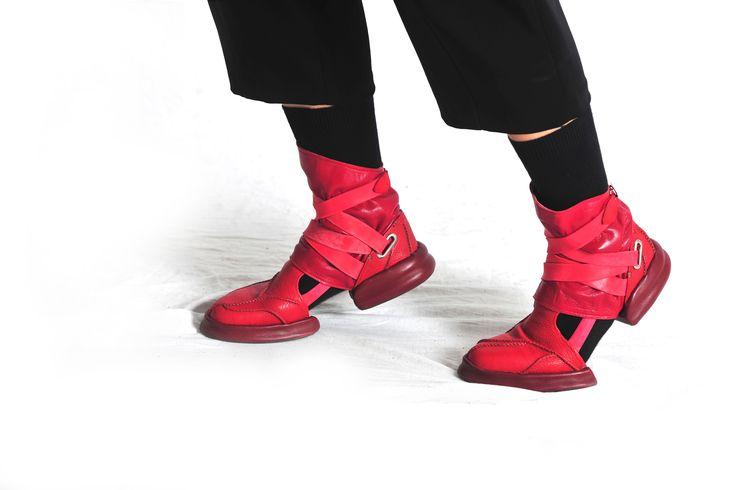 Boots Model - Gu Tia Designing, Making - Jintae Eom
