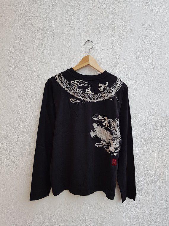 0027802a2 Vintage 90s KARAKURI TAMASHII Japanese Souvenir Sukajan Embroidered Dragon  Art OG Gang T-Shirt Size M