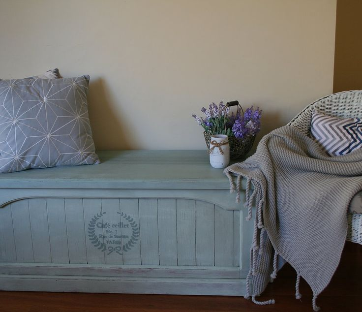 Blanket Box/Storage Box/Shabby chic Restored and painted in a mix of Duck Egg+Old white (Annie Sloan)