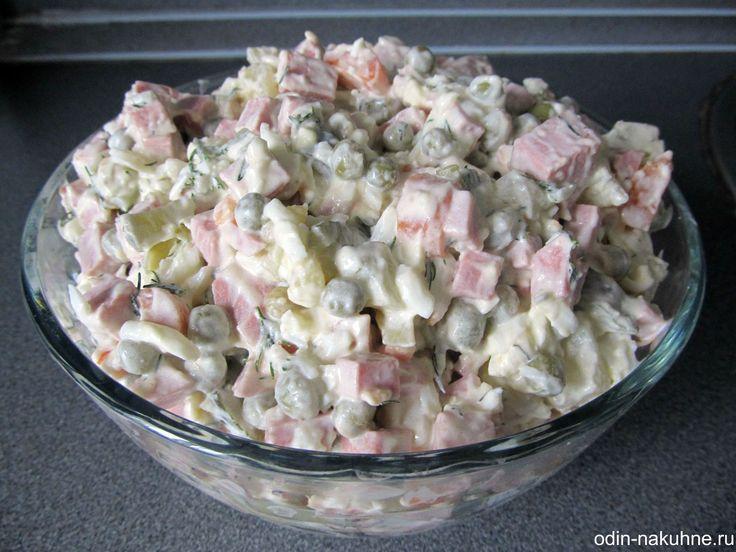 Самый популярный салат из кальмаров
