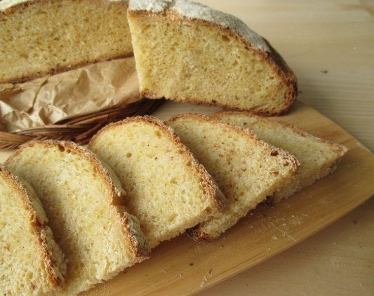 pane con farina di mais e semola