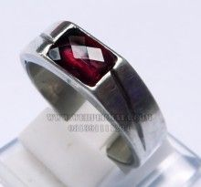 Batu Akik Garnet Color change