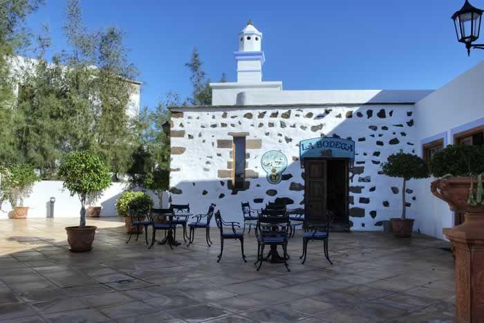 Courtyard  at Casona de Yaiza #Lanzarote #alfresco