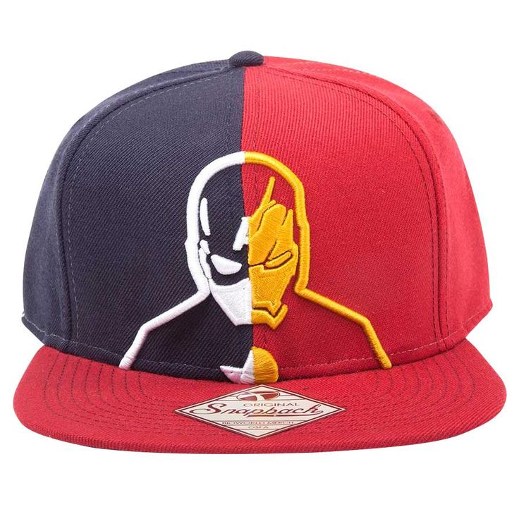 "Cappellino con visiera ""Captain America vs Iron Man"" di #CaptainAmerica Civil War."