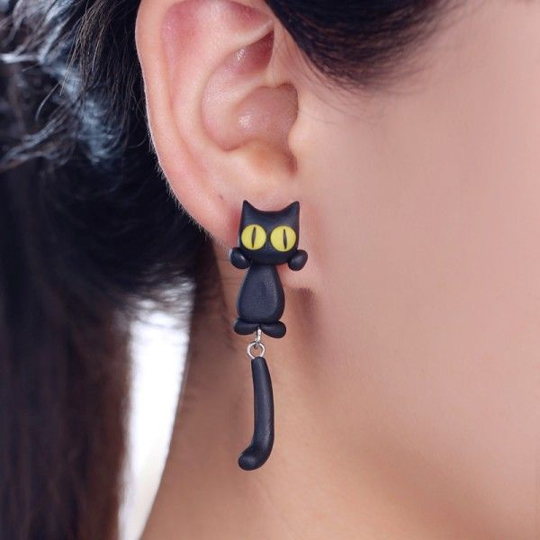 2017 New Design 100% Handmade Polymer Clay Yellow Eyes Cat 3d Animal Stud Earrings For Women Ear Stud Jewelry Brincos Wholesale