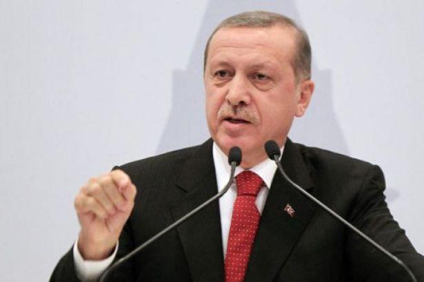 Erdoğan: Türkiye dünyanın en güvenli ülkelerinden biri! Her yer de bombalar patlıyor, Her gün beş altı asker,polis şehit oluyor. Her halde etrafında ki iki yüz korumaya bakıp kendini güvende hissetmesini kasttediyor.