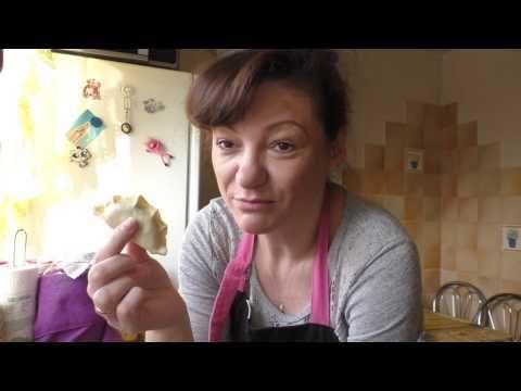 Idealne ciasto na pierogi. Jak lepić pierogi? - 11 sposobów! MENU Dorotki. - YouTube