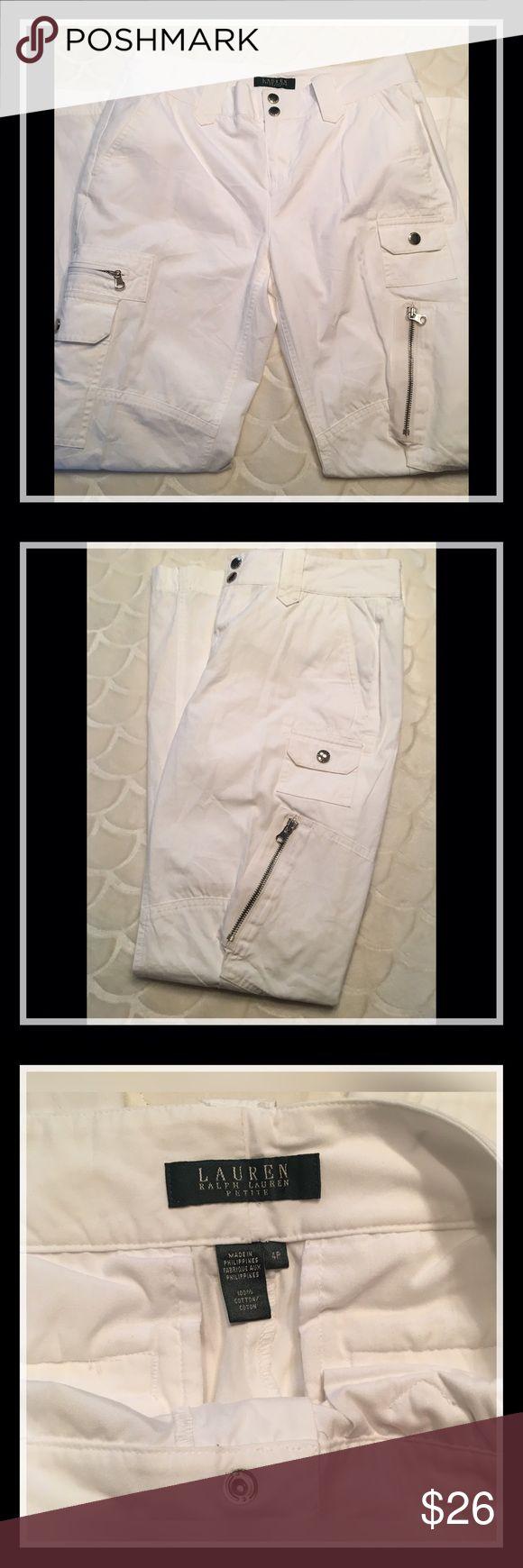"""Lauren Ralph Lauren - Sz 4P White Cargo Pants Lauren Ralph Lauren Petites - Sz 4P White Cargo Pants. Inseam measures 29"""", Excellent used condition!! Open to offers 😃 Lauren Ralph Lauren Pants"""