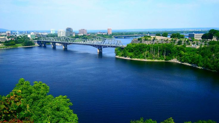 Living in Ottawa, Ontario is simply magnificent. Did you know that it's one of the best cities to live in Canada?