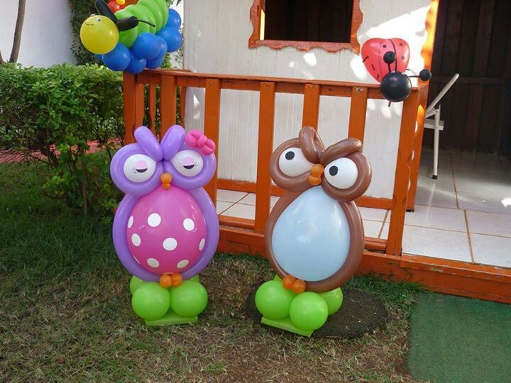 Balloon owl sculpture #baby shower-balloon decor