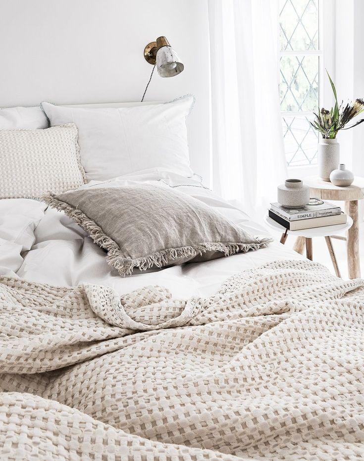 Natural Dreams! In diesem wunderschönen Schlafzimmer stimmt jedes Detail. Eine …