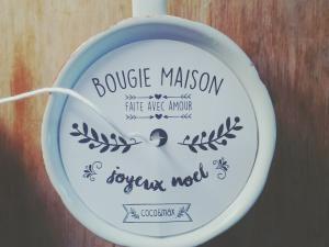 Diy pour cadeau de Noël : la bougie maison dans une jolie tasse! • Hellocoton.fr