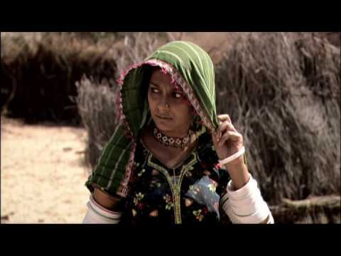 """Cine. Relaciones entre indios y paquistaníes.  """"Ramchand Pakistani"""" (2008). Dir. Mehreen Jabbar. The film is based on a true story of a boy who inadvertently crosses the border between Pakistan and India and the following ordeal that his family has to go through."""