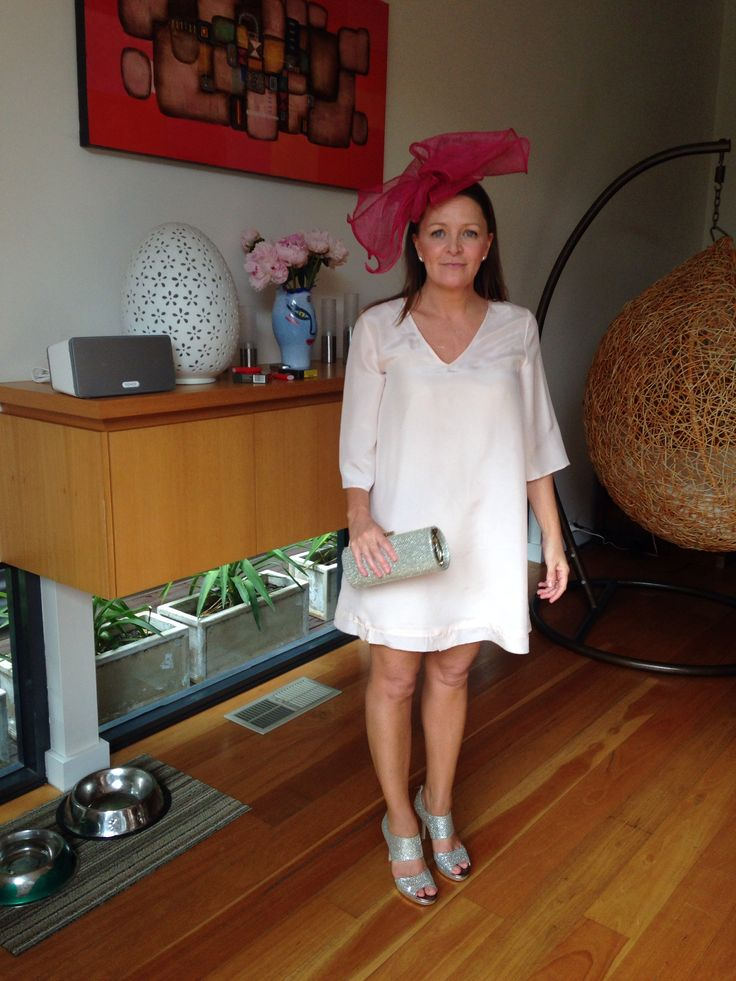Cup Day BBQ at the gorgeous CB's home. Soft pink washed silk habutae, worn by the lovely Vicky.