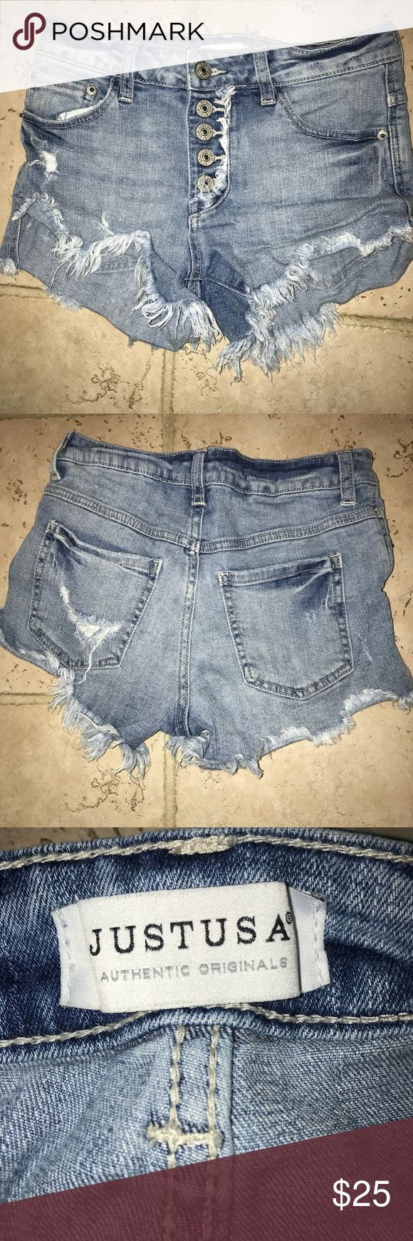 Just USA Jean shorts Just USA button up short shorts size XS. Purchases from Apricot Lane Boutique in Peoria IL Shorts Jean Shorts