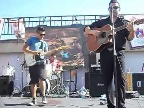 Cherry Sue y Destilados - Drugstore rock and roll