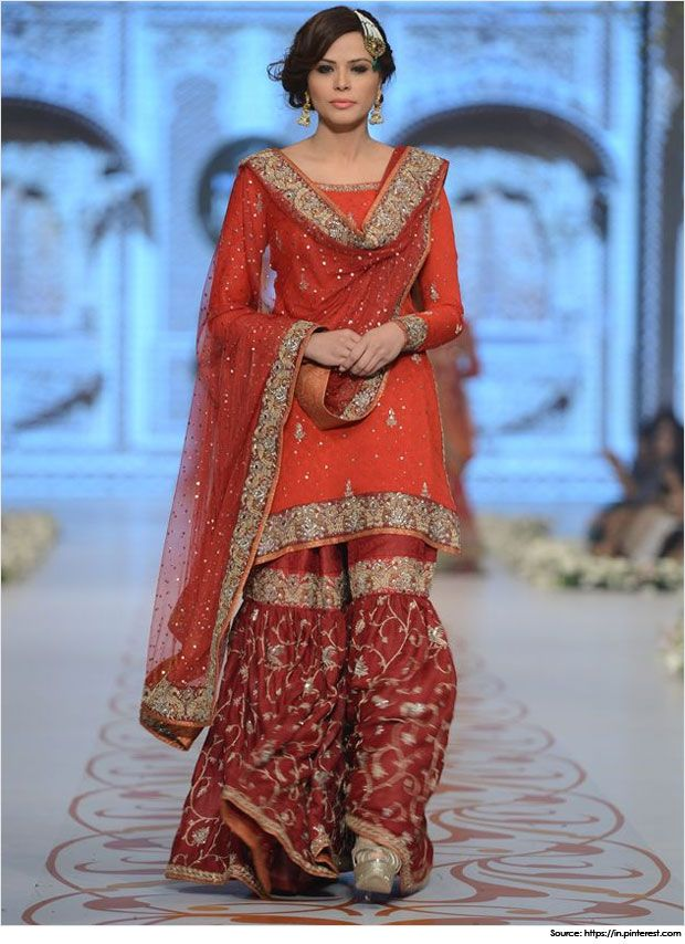 Are you looking for Pakistani mehndi dresses and mehndi designs for your wedding? Checkout the awesome collection of sharara, ghagras and lehengas.