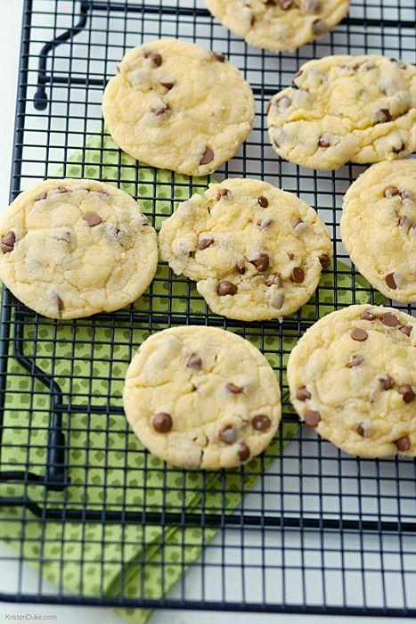 Cinnamon Chip Cake Batter Cookies