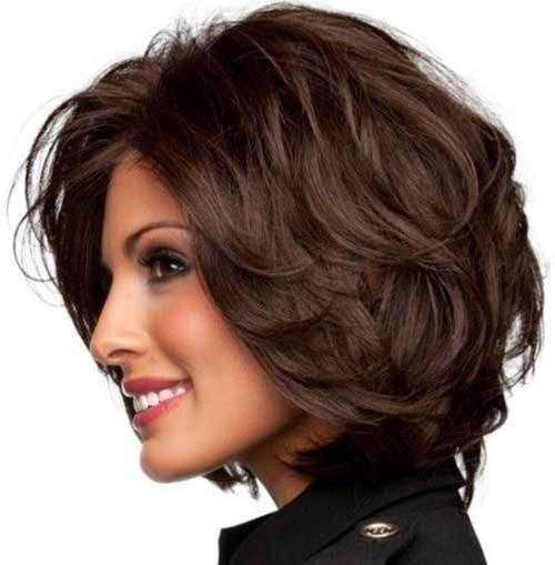 30 Beautiful Short to Medium Layered Haircuts