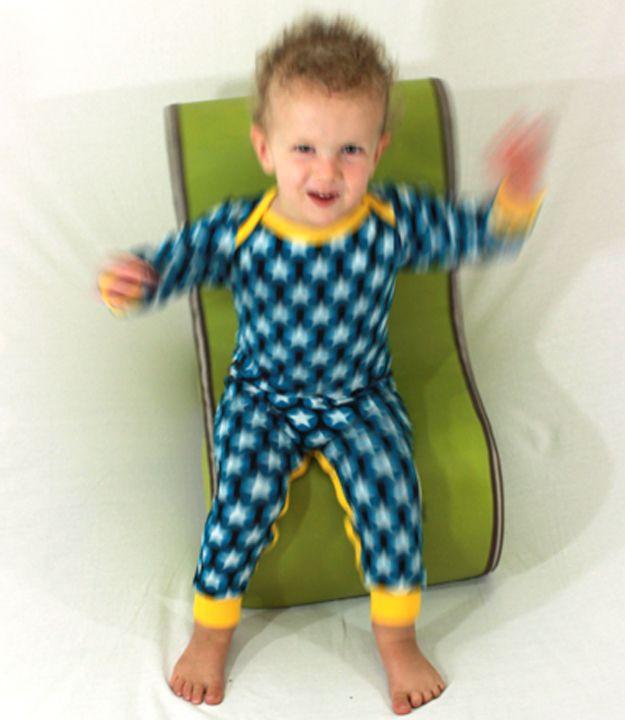 in 1 stuk pyjama 39 s pinterest vier kinderen kleren en kinderen. Black Bedroom Furniture Sets. Home Design Ideas