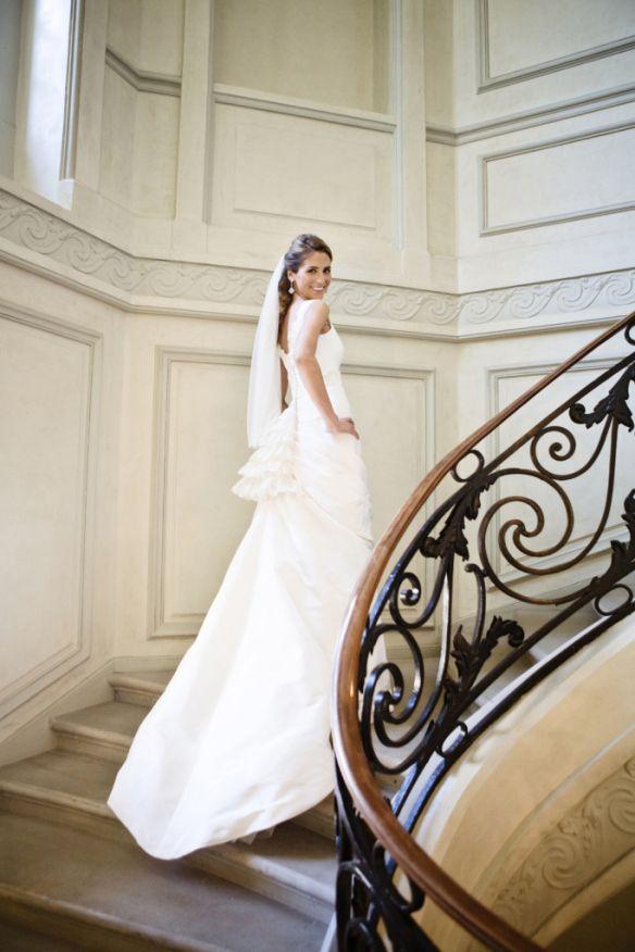 el blog de ana suero-Embraceable you_Bebas Closet vestido de novia a medida con polisón Rocío