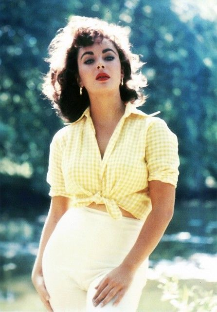 Elizabeth Taylor in yellow and white gingham.
