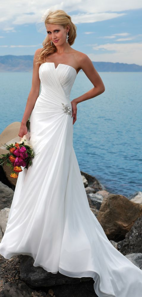 46 best Brudklänning images on Pinterest | Short wedding gowns ...