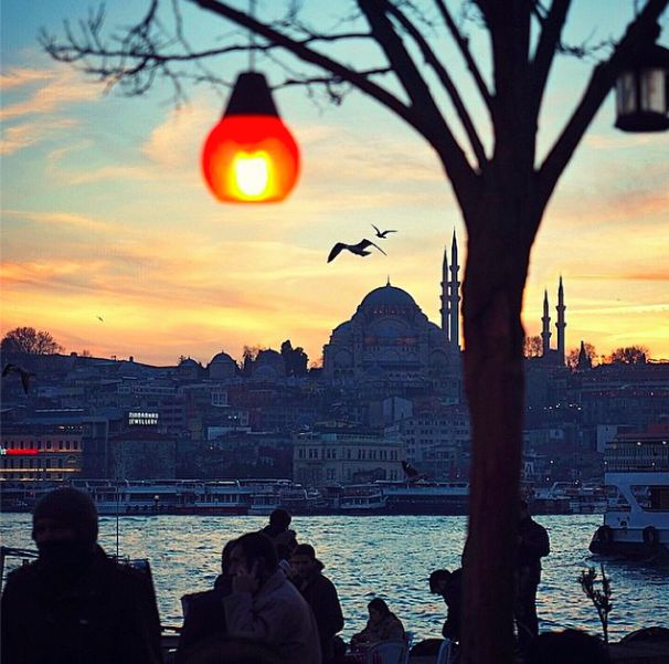 I think we can all agree that the sun sets over İstanbul in a way unlike anywhere else! And not just the sunsets, but this timeless enchanting city is the place to go for all those yearning for a vacation of unforgettable memories!