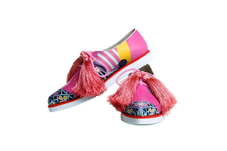 The Pink Cemetery Shoes #lana #dumitru #lanadumitru #digitalprint