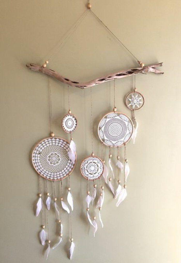 Traumfänger aus echtem Holz mit Broderie Netz in weißer Farbe