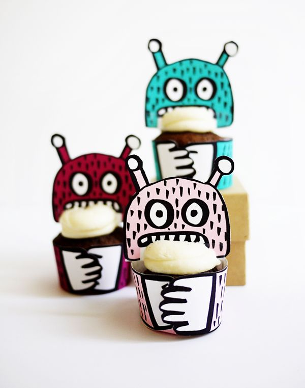 printable monster mini cupcake holders oh happy day halloween monsterparty - Halloween Cupcake Holder