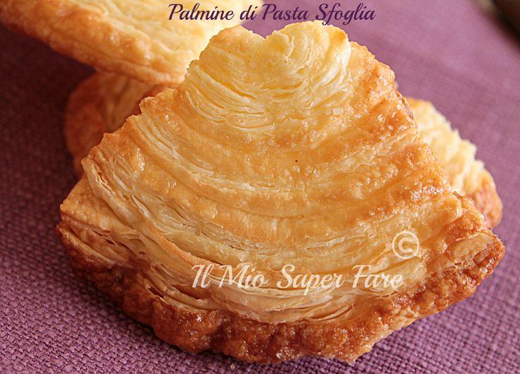 Come Fare le Palmine di pasta sfoglia: si realizzano con zucchero e pasta sfoglia. Per conferire aroma e gusto aggiungere scorza di arancia grattugiata.